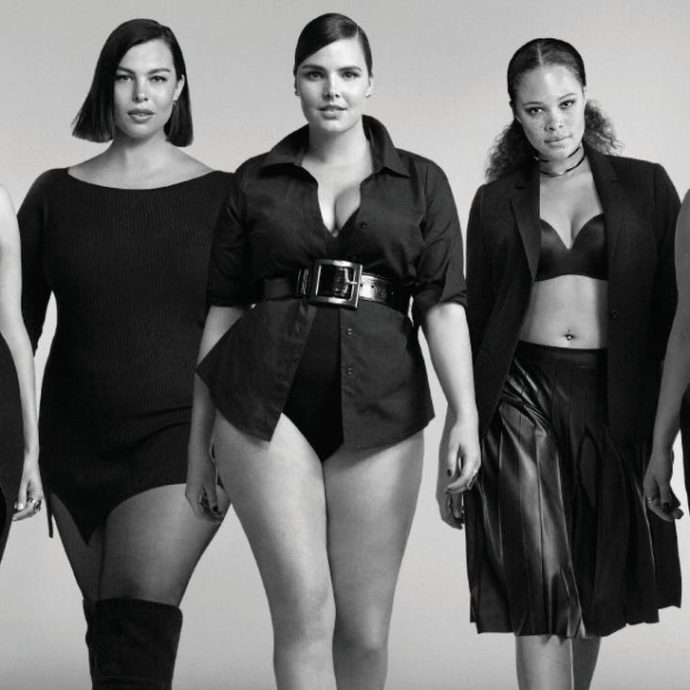 Milano, alla fashion week le modelle curvy